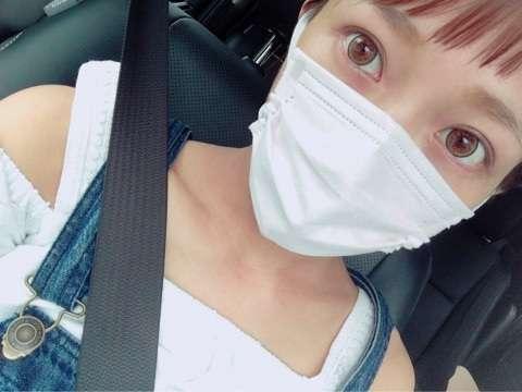 辻希美、マツエクなしの「スッピン」ブログで公開