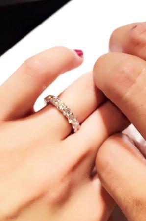 加護亜依の結婚指輪、事務所社長のNAOMIが公開