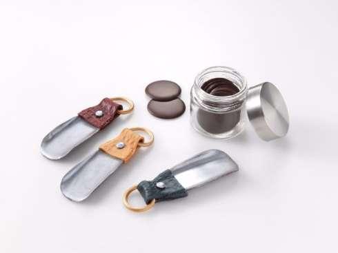 これが菓子職人の本気か……! チョコレートで作った革靴がリアル過ぎて食べる発想が消える