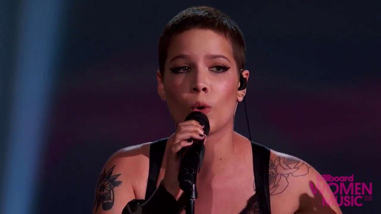 Halsey 'Colors' Live Performance   Billboard Women in Music 2016 - YouTube