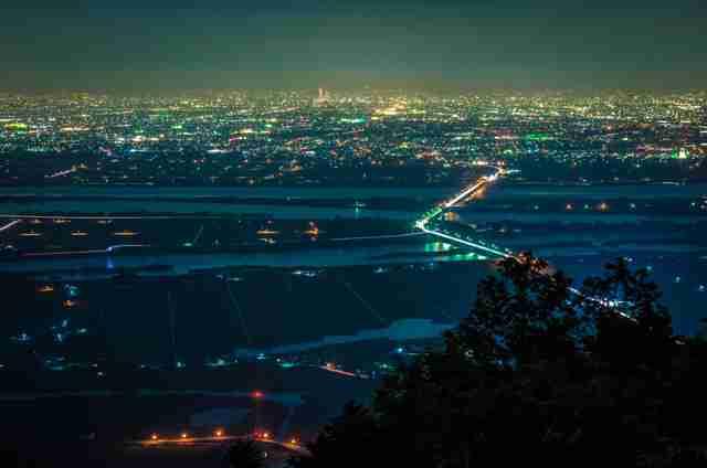 【画像】綺麗な夜景が見たい…