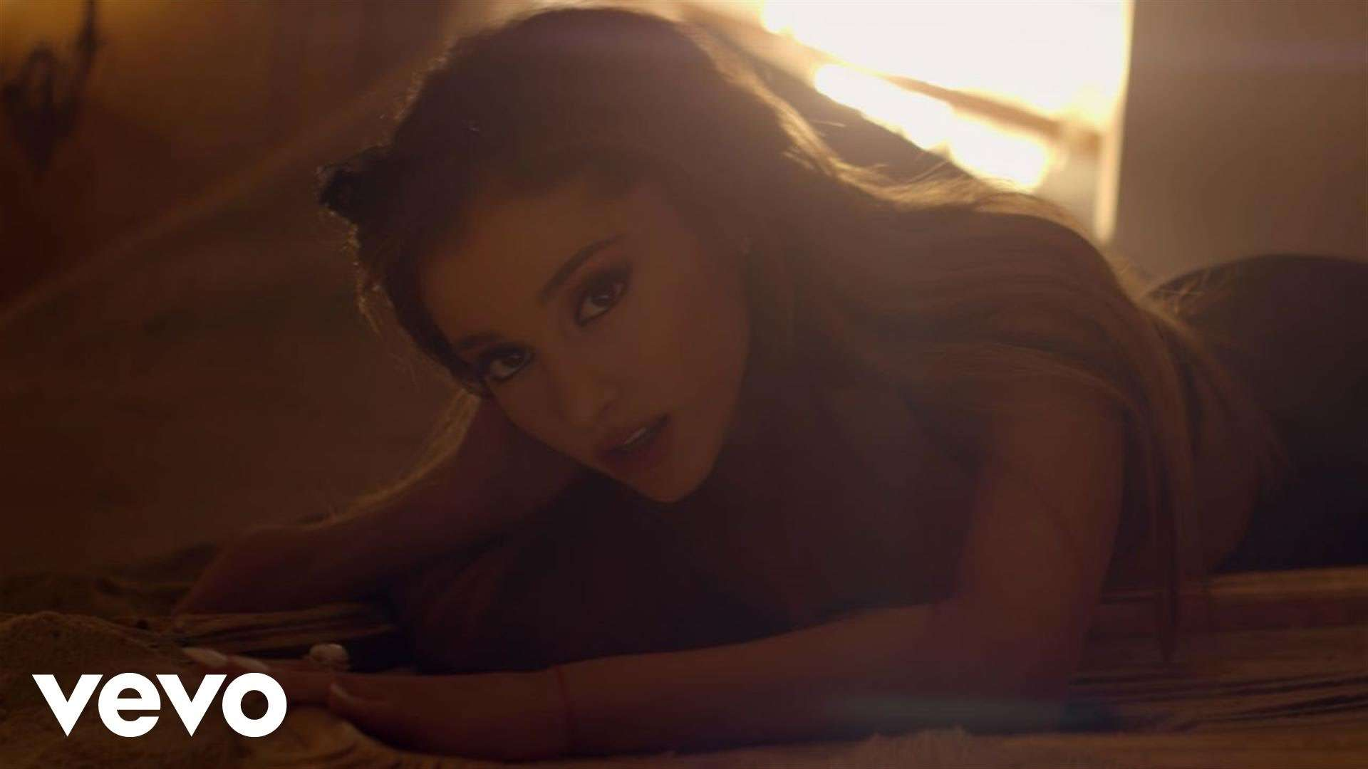 Ariana Grande, The Weeknd - Love Me Harder - YouTube