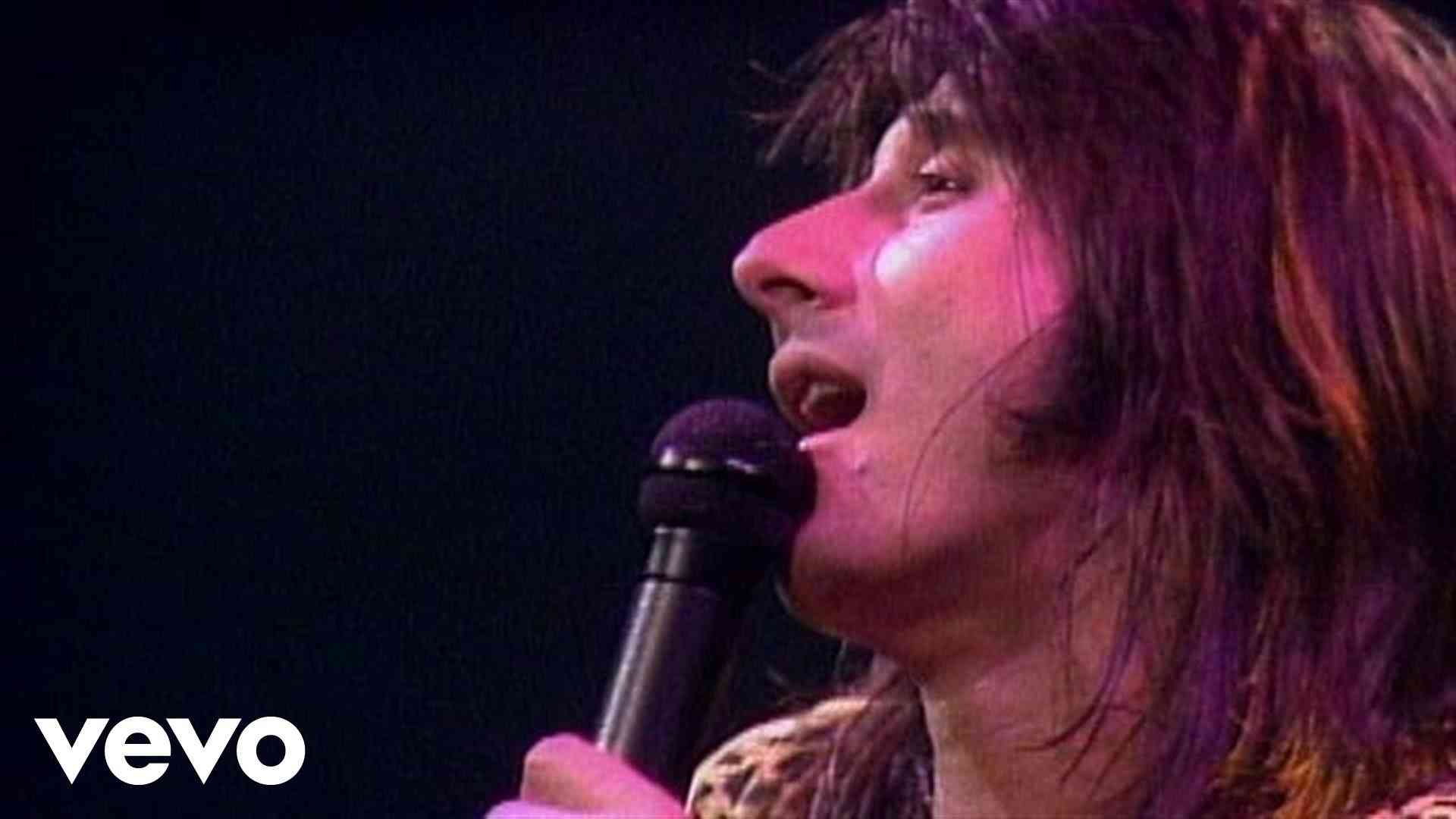 Journey - Don't Stop Believin' (Live in Houston) - YouTube