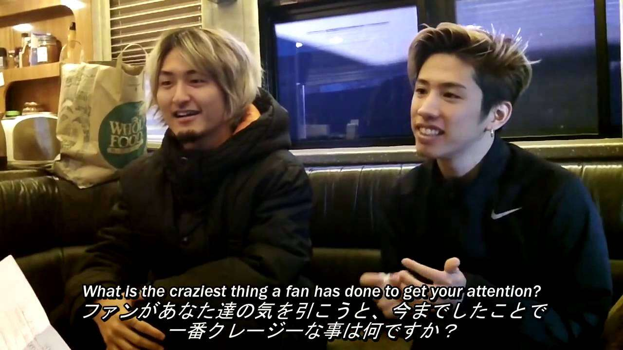 ONE OK ROCK Interview at The Rave on November 7, 2015 日本語字幕 - YouTube