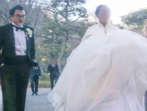吉田鋼太郎22才差結婚式に藤原竜也、綾野剛、生田斗真、ムロツヨシら集結