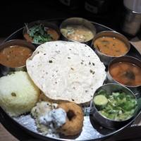 南インドカレー&バル エリックサウス (Ericksouth) - 東京/インド料理 [食べログ]