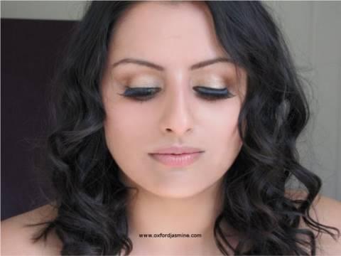 Aishwarya Rai Inspired Golden Bollywood Look - YouTube