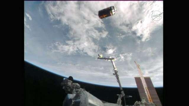 こうのとり、燃え尽きる 宇宙ゴミ除去実験は失敗 (朝日新聞デジタル) - Yahoo!ニュース
