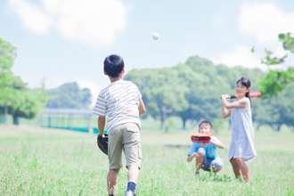 子どもの野球離れ深刻、用品メーカー21社が「球活」を開始