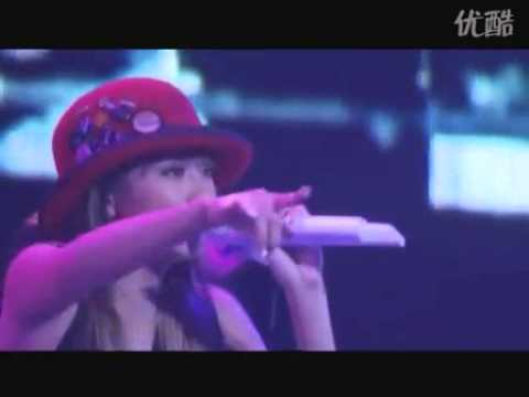 SMAP Shingo Katori feat. Kumi Koda - Everybody  (Live) - YouTube