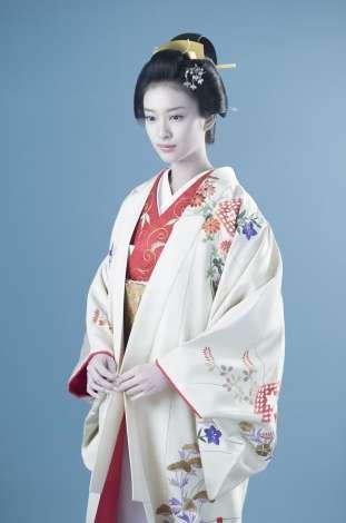 武井咲主演で『黒革の手帖』再び 「とにかくプレッシャーがすごい」