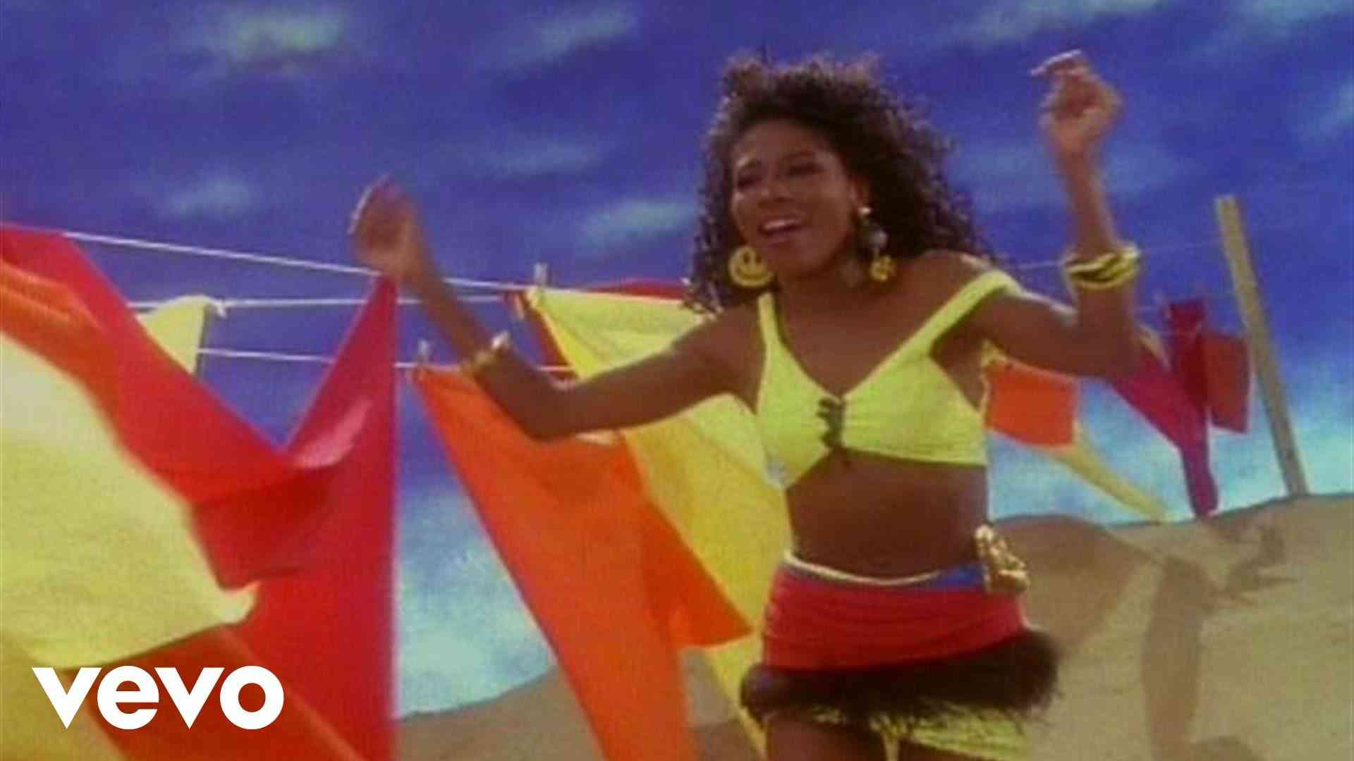 Sinitta 「Right Back Where We Started From」