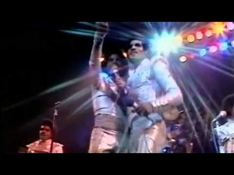 """Jacksons - """"Let Me Show You The Way To Go"""" (Live in London) - YouTube"""