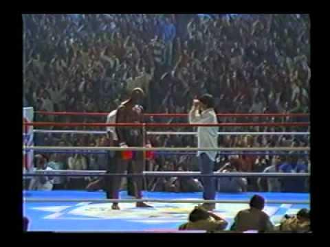 サントリー BOSS 7 CM (1998年)  アーネスト・ホースト編 - YouTube