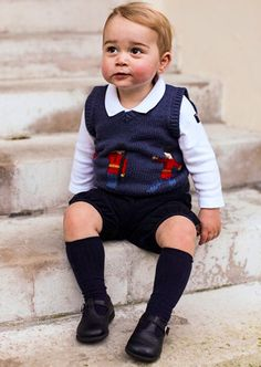 ジョージ王子が4歳に 最新写真ではすっかり少年らしく