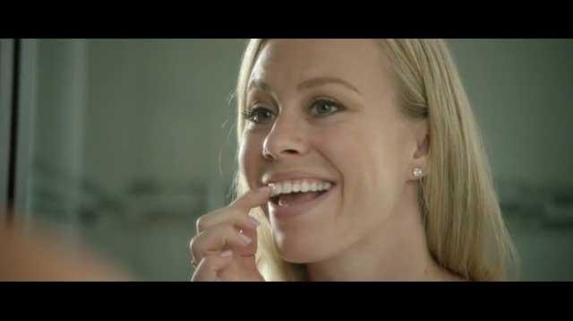 10秒のハンズフリーですぐ完了 くわえるだけで自動で歯を磨いてくれる電動歯ブラシが便利そう