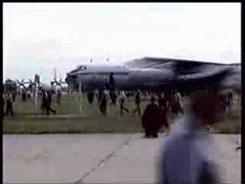 SU-27, Air Show Crash. - YouTube