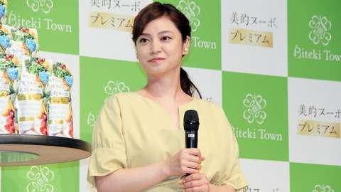 平愛梨、長友佑都選手に「一生の愛を捧げたい」 妹・平祐奈も驚きの変化明かす