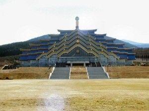 【画像】凄すぎる...ド派手・巨大な宗教施設 - NAVER まとめ