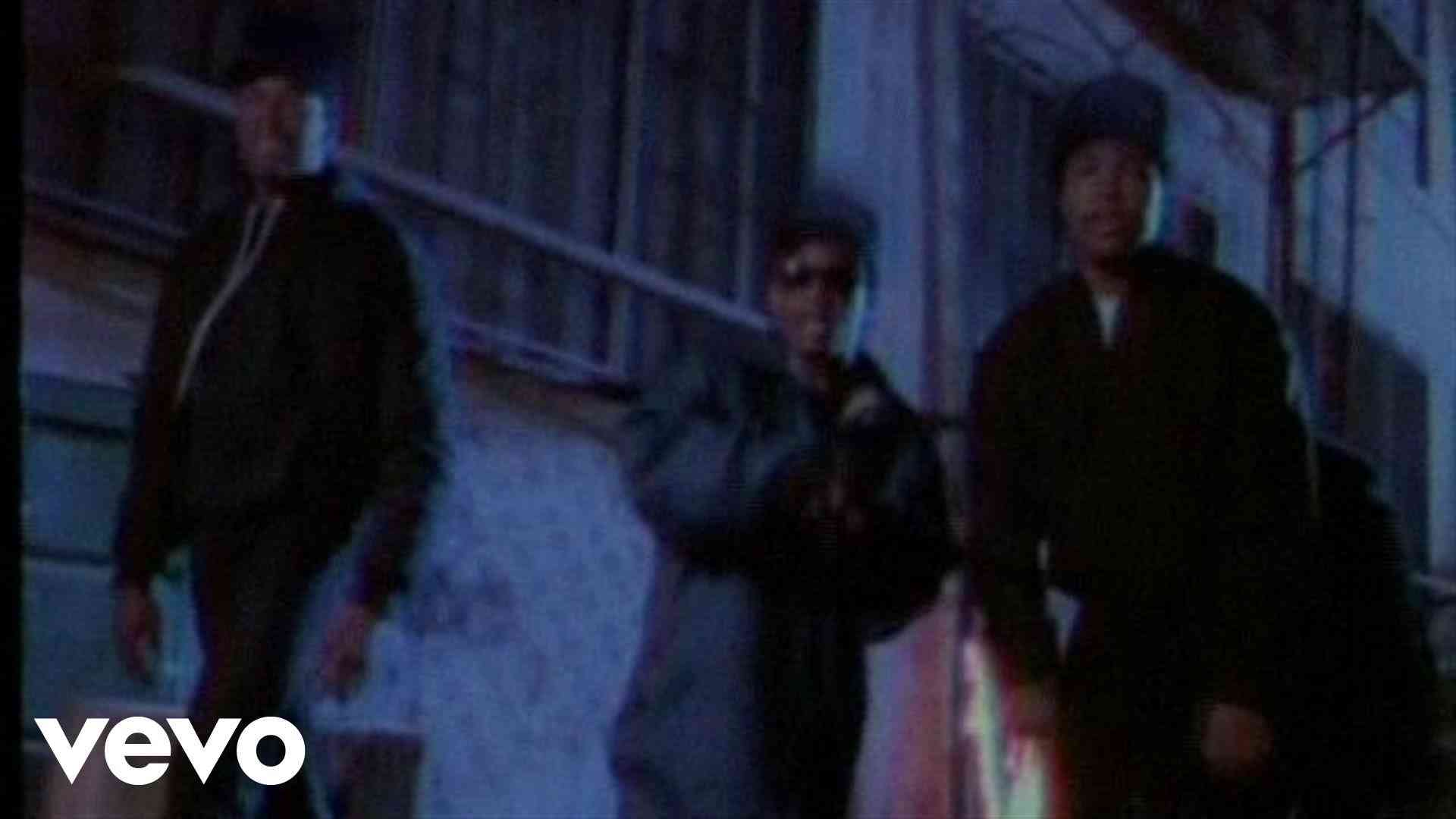 N.W.A. - Straight Outta Compton - YouTube