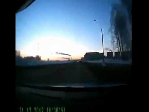ロシア隕石 ドラレコ映像 - YouTube