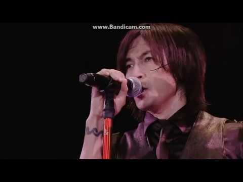 B'z 君を気にしない日など LIVE-GYM2015 EPIC NIGHT - YouTube