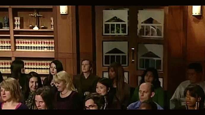 Lost dog immediately recognizes his owner in court room