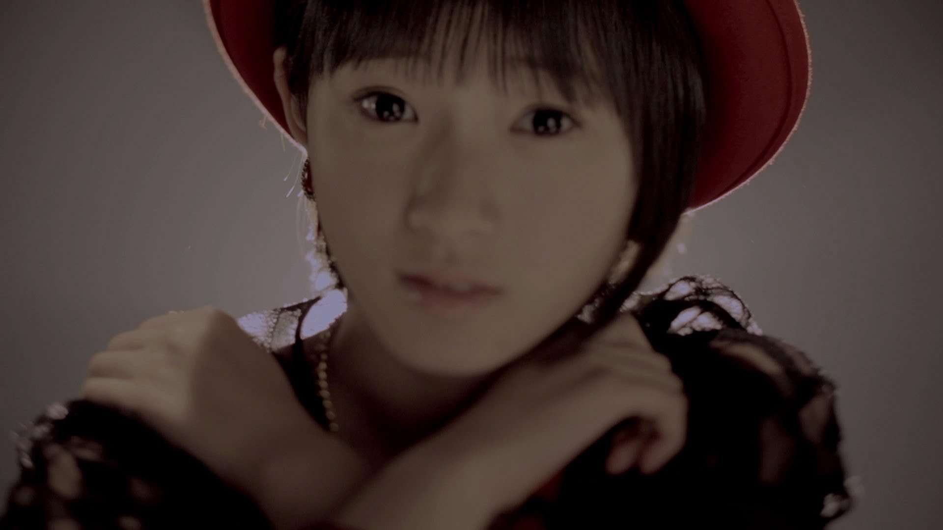 Juice=Juice 『イジワルしないで 抱きしめてよ』[Don't be spiteful, but embrace me](MV) - YouTube