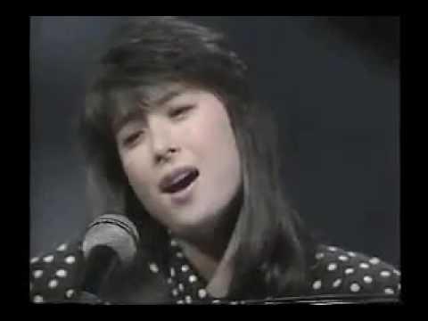 河合奈保子 ハーフムーン・セレナーデ (1986) - YouTube
