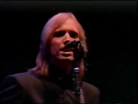 Tom Petty American Girl Live 1985 - (Best Version) - YouTube