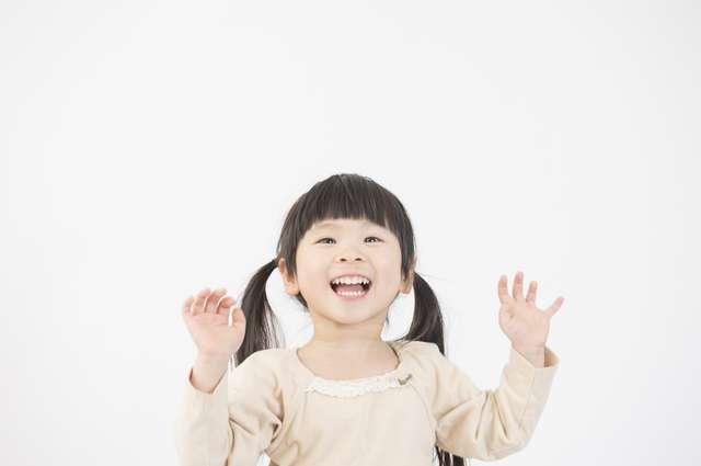 3歳までに個性の80%が完成!三つ子の魂百まで」は本当だった!その根拠と3歳までにやっておきたい教育   ママズアップ