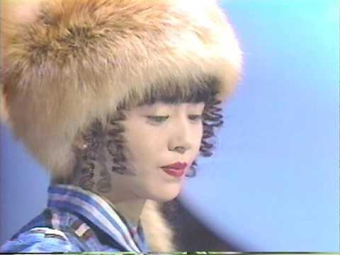 小泉今日子 1986年12月24日 - YouTube