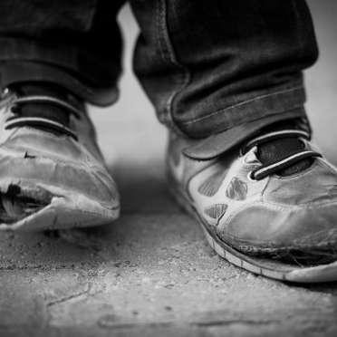 低所得の親の子、低学力&非正規社員になる傾向強まる…経済力が教育格差に直結   ビジネスジャーナル