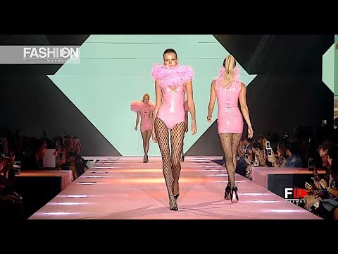 CALZEDONIA LEG SHOW Highlights - Fashion Channel - YouTube