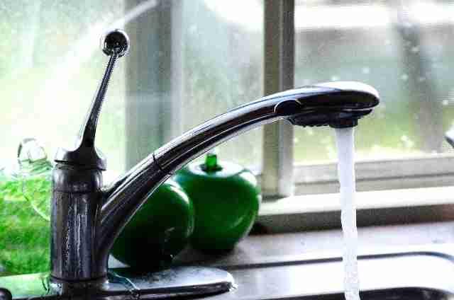 重曹とクエン酸の掃除は最強!水垢を綺麗にする方法は! | 気になるあれこれ。。