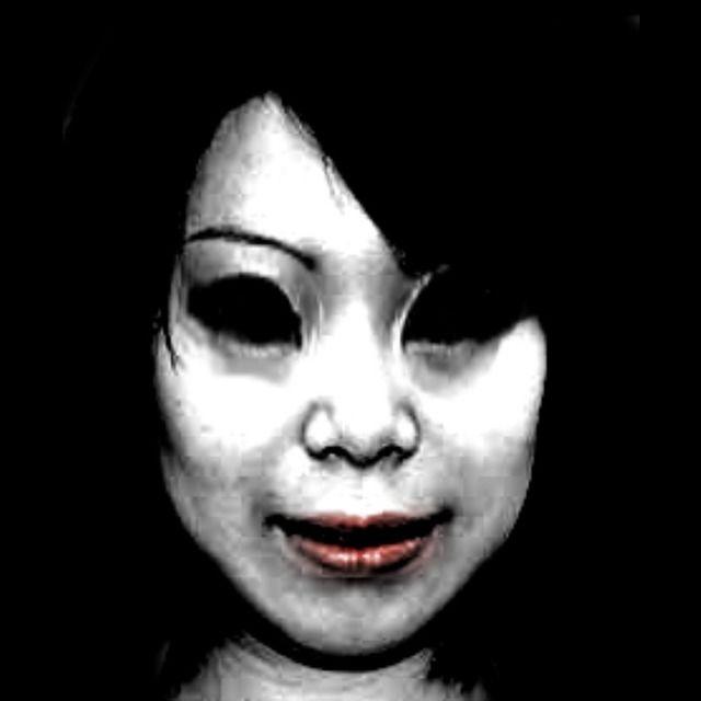【梅田】泉の広場にまつわる恐怖、怖い話【赤い服の女】 - NAVER まとめ