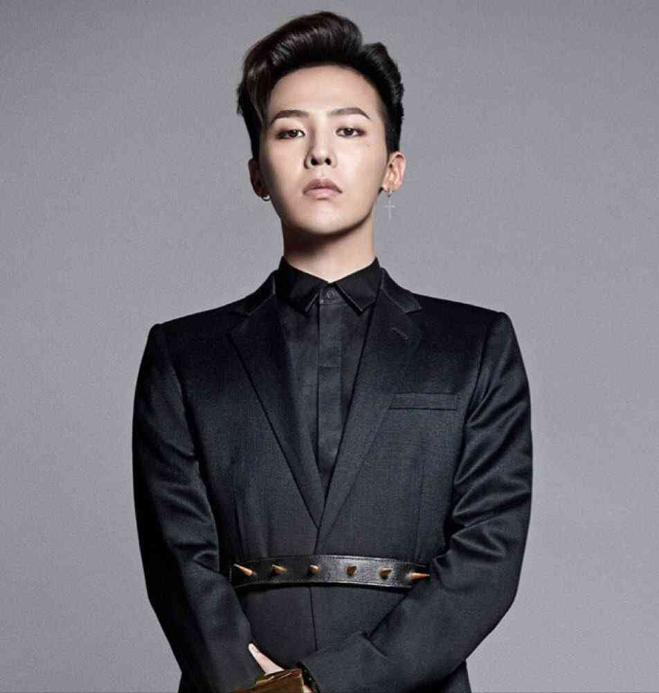 ic: G-Dragon appearing well-dressed, yet edgy. Source: unknown