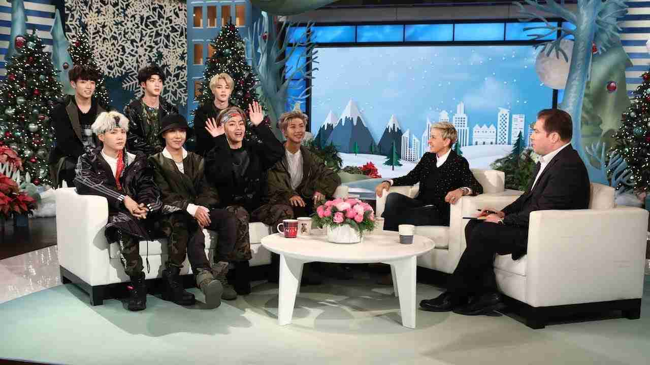 Ellen Makes 'Friends' with BTS! - YouTube