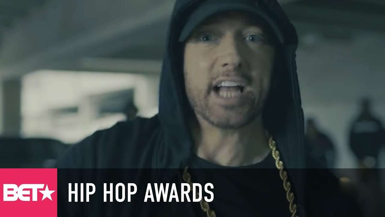 Eminem Rips Donald Trump In BET Hip Hop Awards Freestyle Cypher - YouTube
