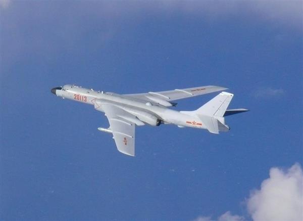 中国軍5機が対馬海峡を通過 戦闘機は初 空自機がスクランブル 韓国軍機も - 産経ニュース