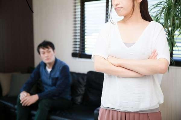 「夫に育児を語られたくない」妻の悲しみに同情多数「我が子に触れ合う時間をボトルネックって…」