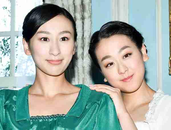 娘が2人いる母親(どちらか片方がより好きですか?)