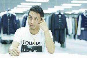 元AAA伊藤千晃、スリップ1枚の大人ショット公開で反響「セクシー千晃」「ほんとにママですか?」