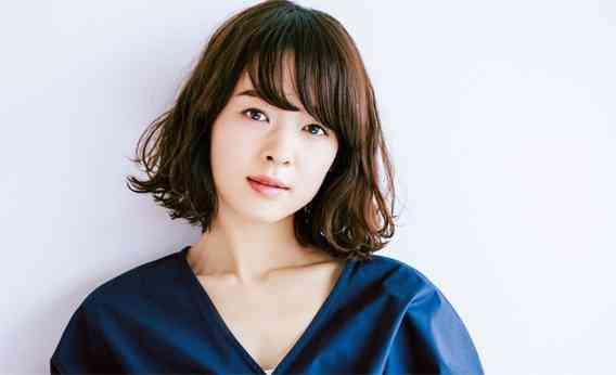 女優・藤澤恵麻さんも変身!クセ毛を生かす【女っぽボブ】の秘訣って? | LEE