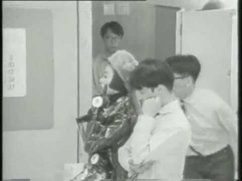 Pizzicato Five│Twiggy Twiggy - YouTube
