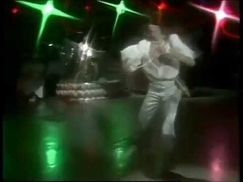 西城秀樹 「恋の暴走」 - YouTube