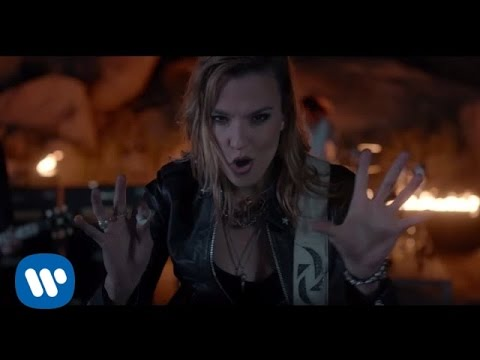 "Halestorm - ""I Am The Fire"" [Official Video] - YouTube"