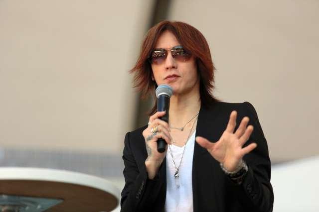 SUGIZOさん大学研究員に 水素活用しコンサート