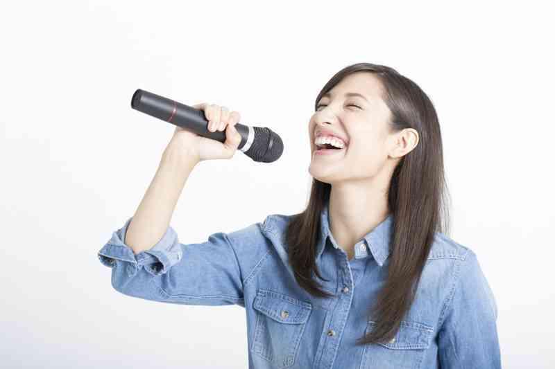 歌い手さんが好きな方〜!