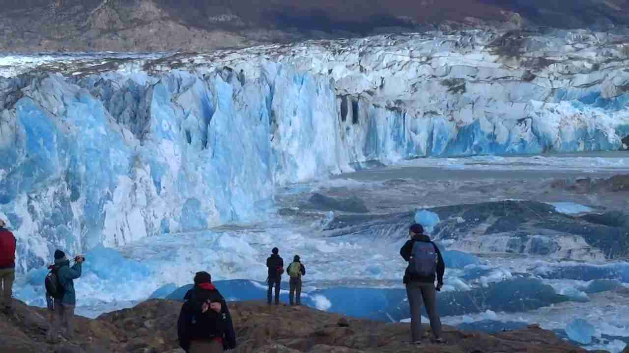 Massive Glacier Wall Collapse - YouTube
